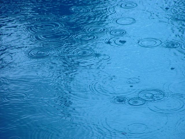 raindrops_on_water